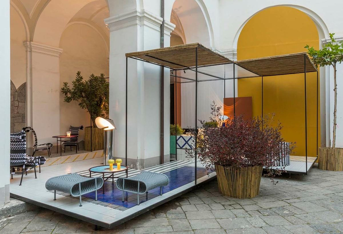 EDIT Napoli 2020_cortile del Complesso e corner by Giuliano Andrea Dell'Uva ©Serena Eller