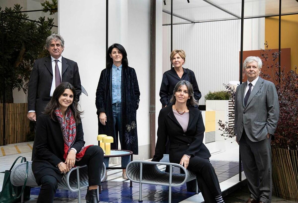 EDIT Napoli 2020_da sinistra in piedi Paolo Jorio, Emilia Petruccelli, Emmanuela Spedaliere, Stéphane Lissner_da sinistra sedute Eleonora De Majo e Domitilla Dardi