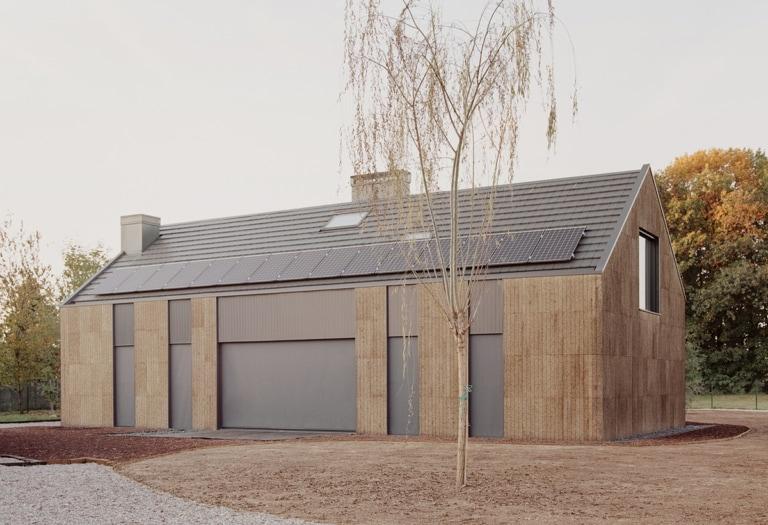 casa 4 _legno, paglia, sughero