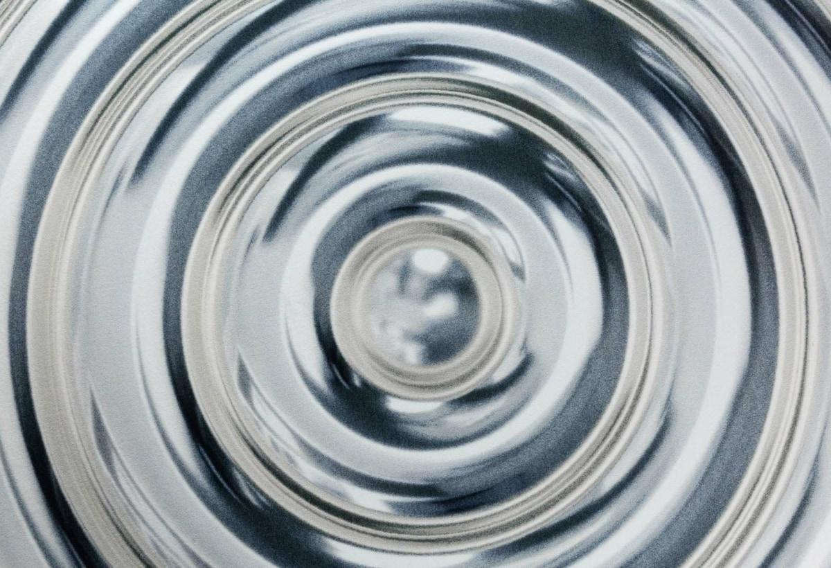 19_GC_MOOOI_Ripples-Carpet-Grey