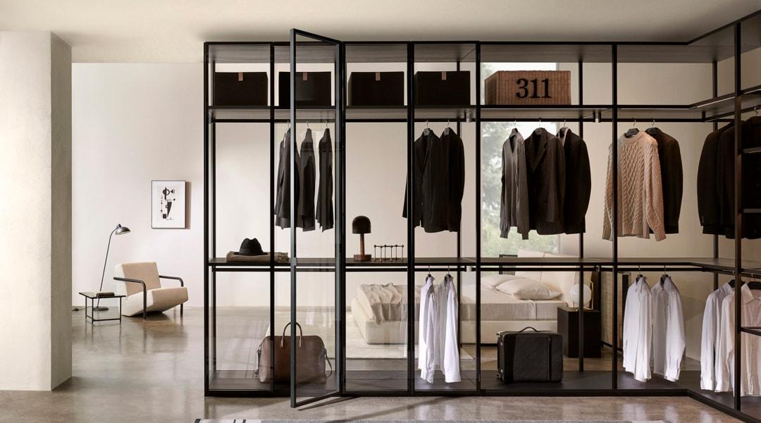 2. Porro_Collezione 2020-2021_Dressing Room Storage_Black Sugi_Piero Lissoni + CRS Porro dim