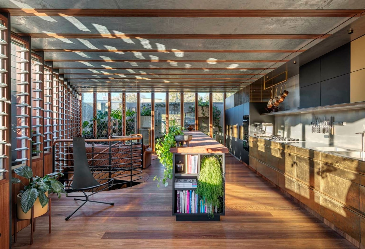 8. WELCOME TO THE JUNGLE HOUSE_LIVING & KITCHEN SPACE