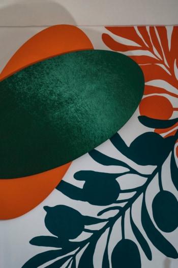 17_I.D.E.A Salento_Sotto Verde Manto Genuardi-Ruta, 2021, intervento site-specific per Masseria Canali, acrilico, legno, velluto, ecopelle. PH Claudio Palma_Courtesy Nicoletta Rusconi Art Projects