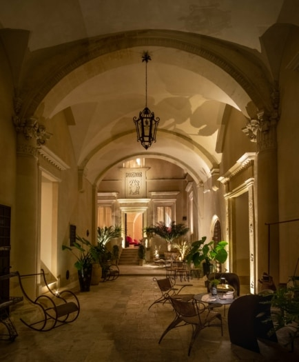 Palazzo Maresgallo 0409-HDR edit-min