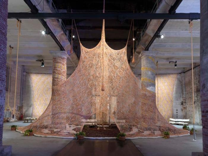 large_e95068a1-44cf-4d32-8560-95b6ad3bd68dEN_Biennale_di_Venezia_Views_ddr1