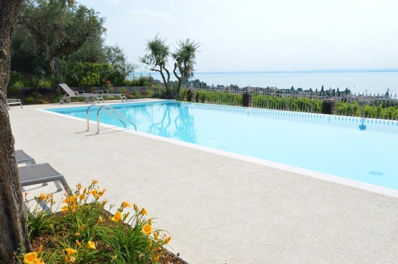 Isoplam – Italian Terrazzo – piscina