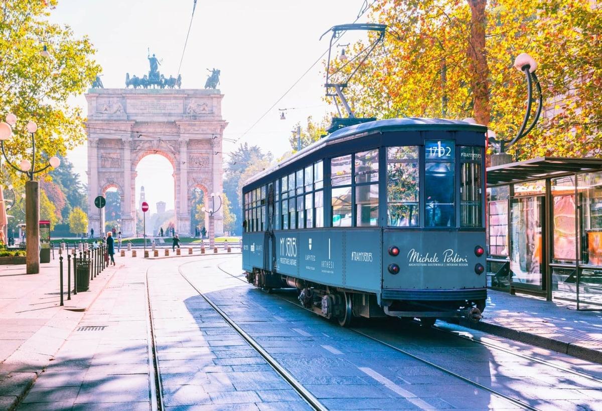 FuoriSalone_2021_Eventi_Brera_ Lapitec_tram_My Senses_Michele Perlini 2