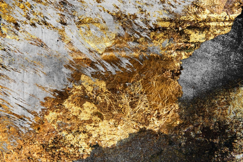 Gold on a grunge background