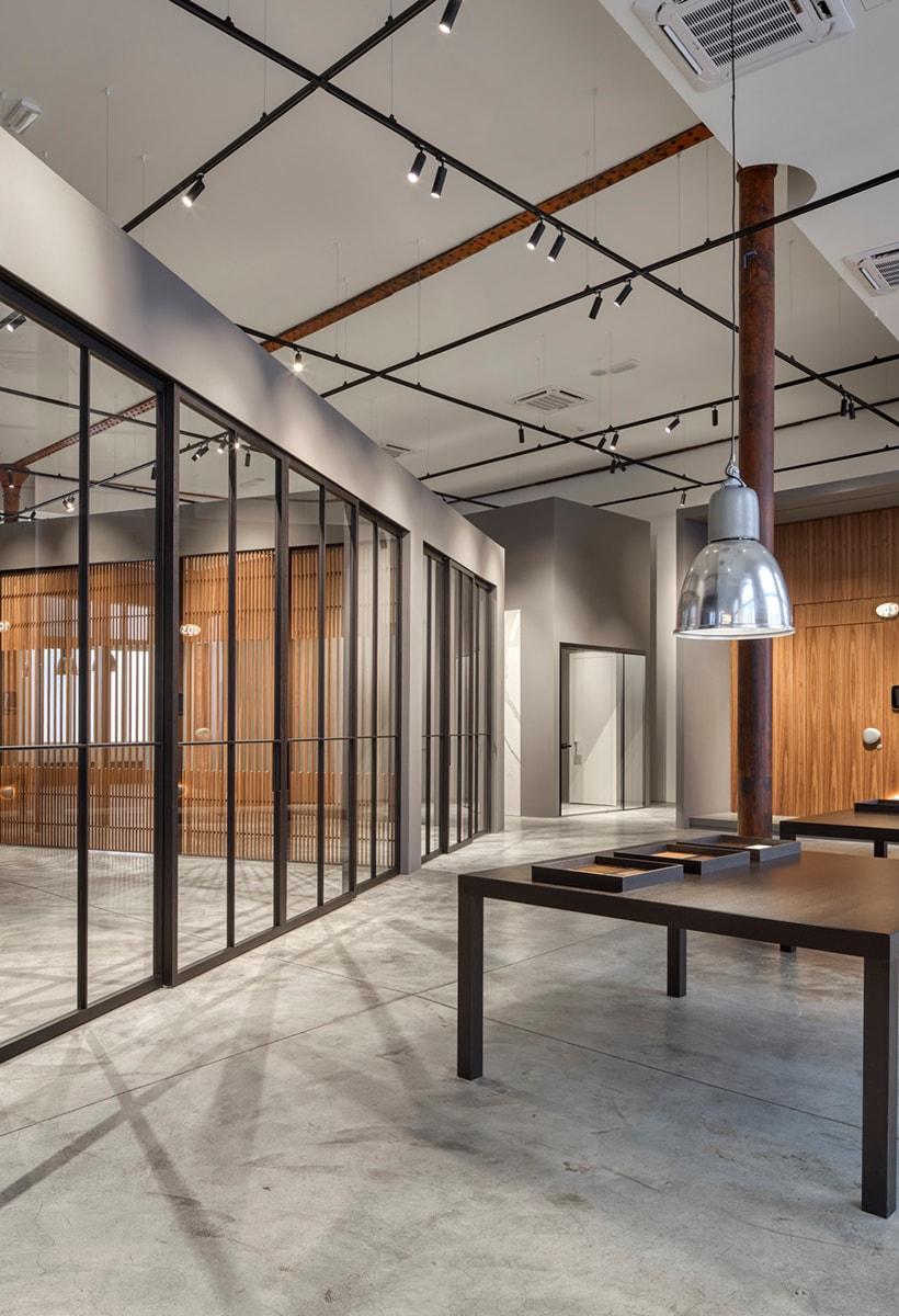 Lualdi: un nuovo showroom e un prodotto a firma Starck