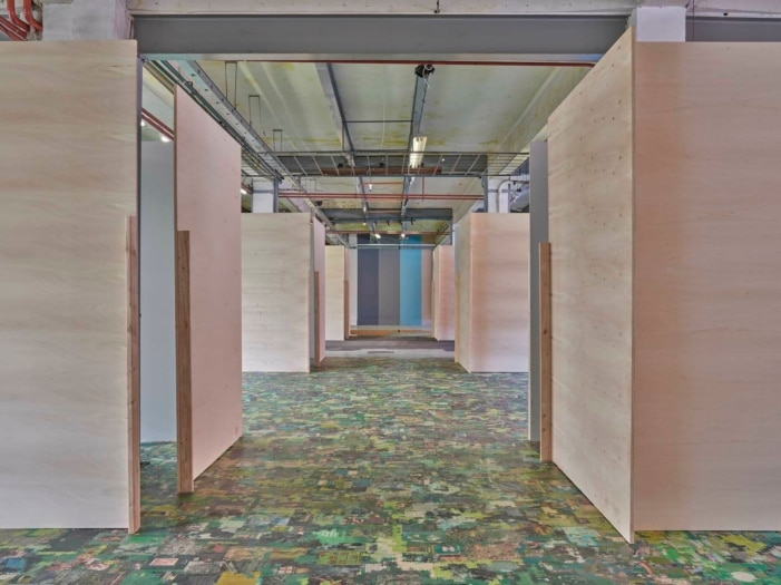 FuoriSalone 2021 architecten jan de vylder inge vinck_inge vinck jan de vylder architecten, 1+1+1_2021, Assab One © Giovanni Hanninen