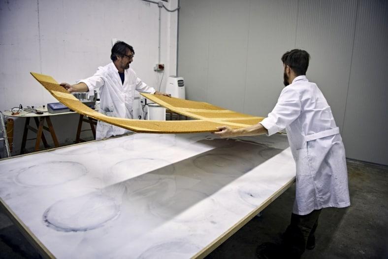 Accoppiamento del silicone con lastra struttural-min